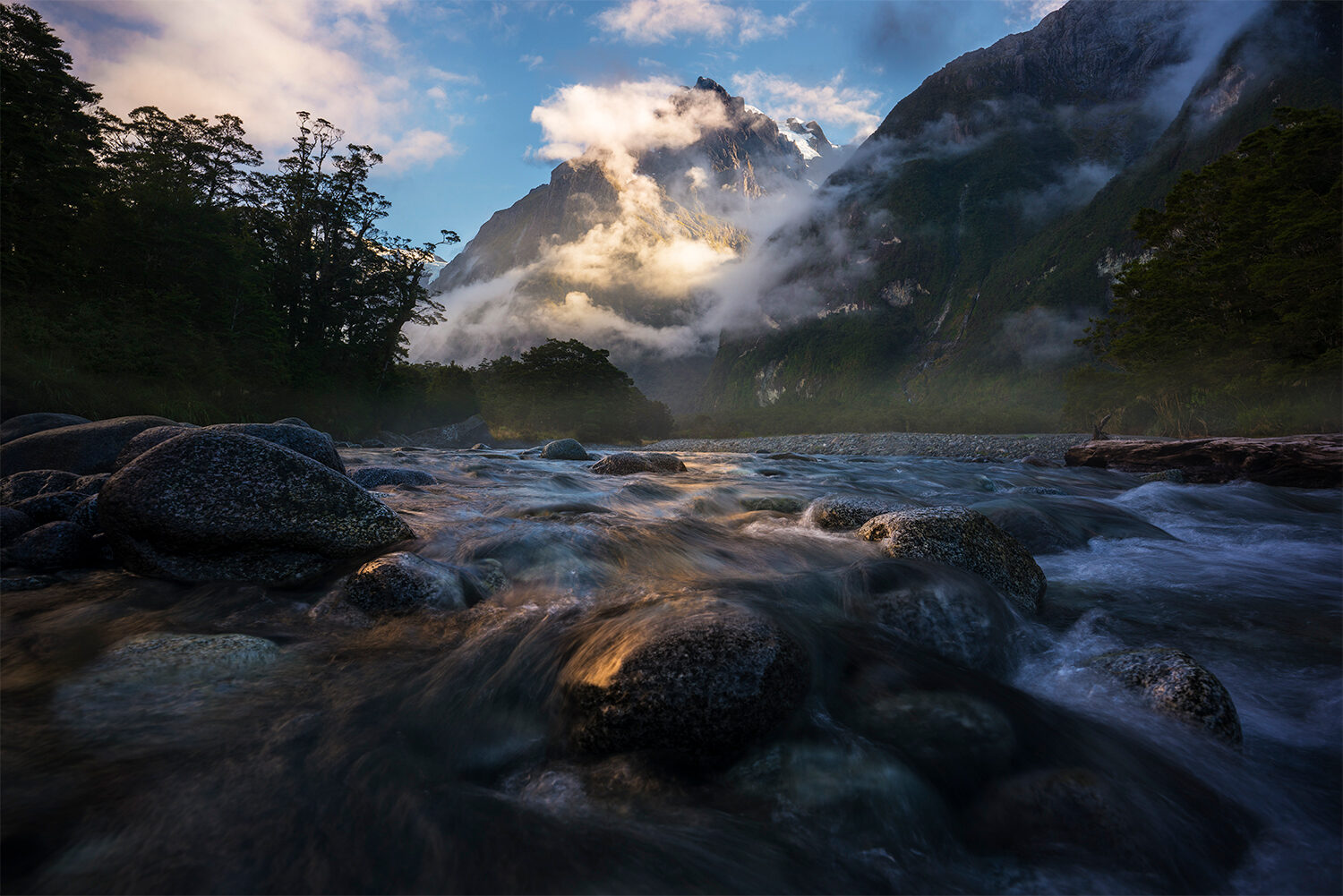 Mountain mist and river, Tutoko valley