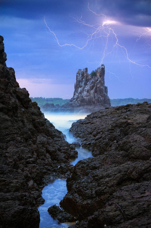 Lightning over Cathedral Rocks Kiama