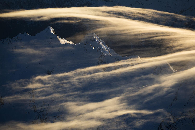 Mountains through the cloud