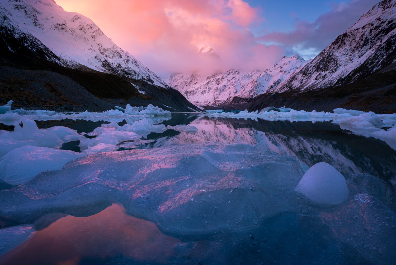 Aoraki and the Tasman lake at sunset.