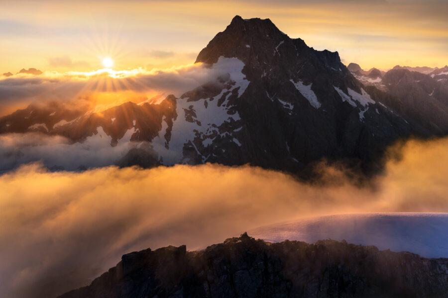 Darran Mountains, Mt Tutoko sunrise