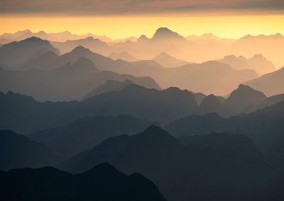ShadowMountains-Fiordland-WilliamPatino