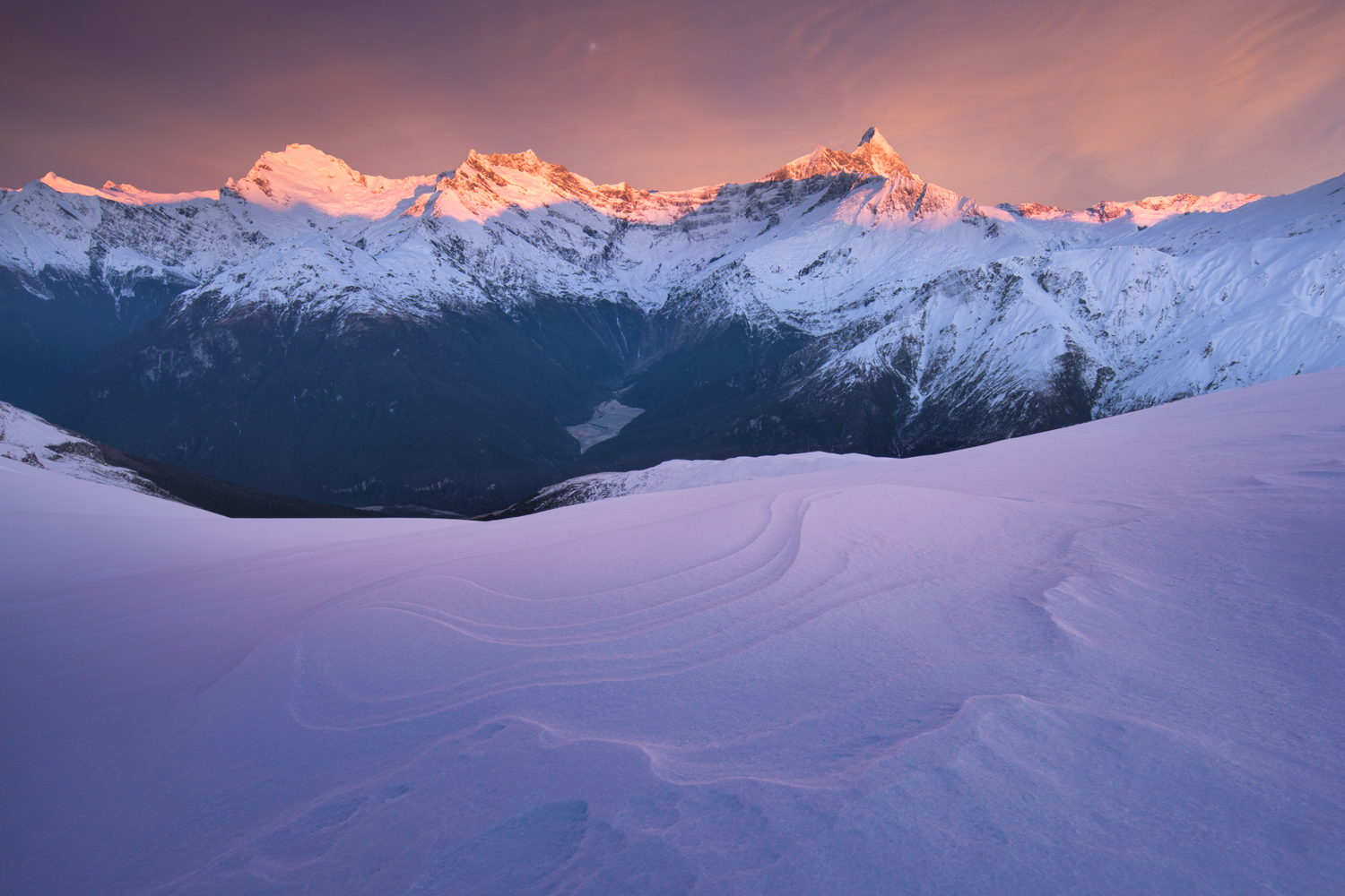 Mount Aspiring sunrise, Matukietukie valley Copyright William Patino